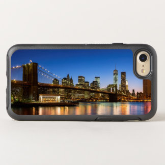 Manhattan and Brooklyn Bridge at dusk OtterBox Symmetry iPhone 7 Case