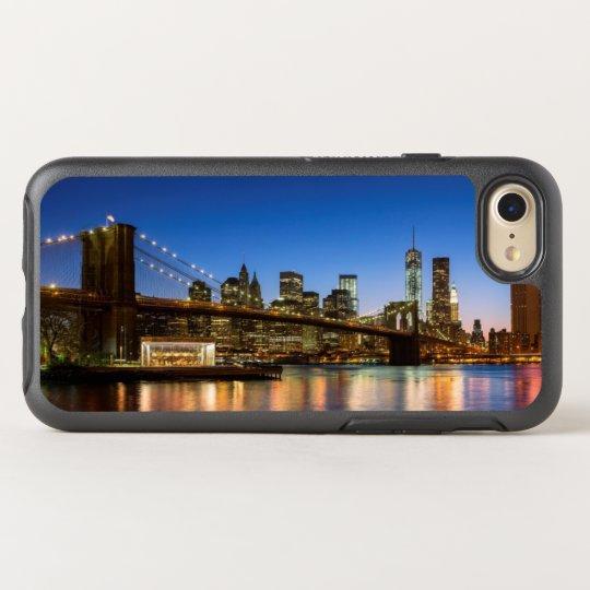 Manhattan and Brooklyn Bridge at dusk OtterBox Symmetry iPhone 8/7 Case