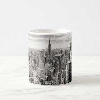 Manhattan, New York (black & white panorama) Coffee Mug