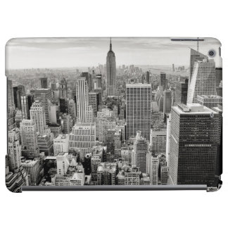 Manhattan, New York (black & white panorama) Cover For iPad Air