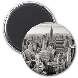 Manhattan, New York (black & white panorama) Magnet