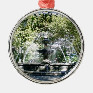Manhattan Water Fountain Silver-Colored Round Ornament