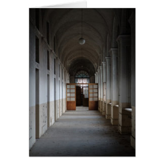 Manicomio Corridor Card