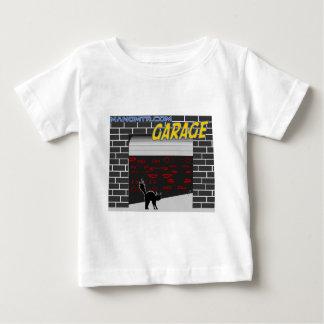 manomtr garage baby T-Shirt
