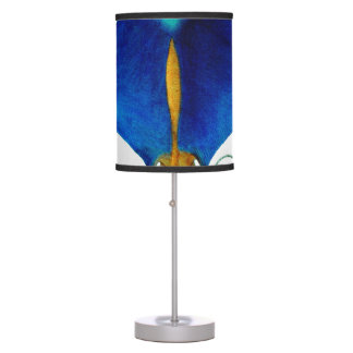 manta ray table lamp