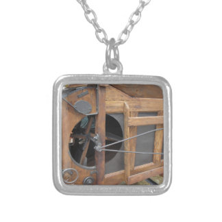 Manual machine used to shell the corn silver plated necklace