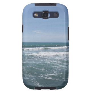 Many people surfing on surfboards in the sea galaxy SIII case