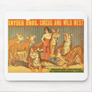 Many Pet Tigers Mouse Pad