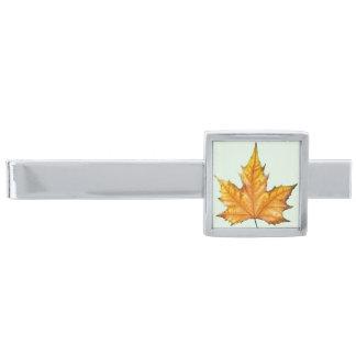 Maple autumn leaf silver finish tie clip