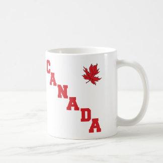 Maple Leaf Canada Basic White Mug