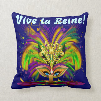 Mardi Gras Queen 1 Important Read About Design Throw Pillow