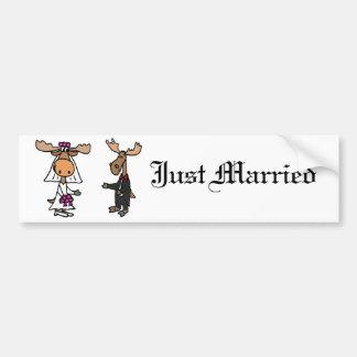 Mariage drôle d'orignaux de jeunes mariés adhésifs pour voiture