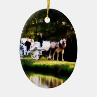 Mariage romantique de cheval de chariot ornement