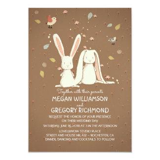 Mariage rustique mignon de région boisée de lapins carton d'invitation  12,7 cm x 17,78 cm