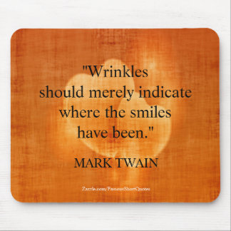 Mark Twain Birthday Quote With Hearts Mouse Pad