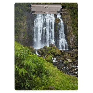 Marokopa waterfall, New Zealand Clipboard