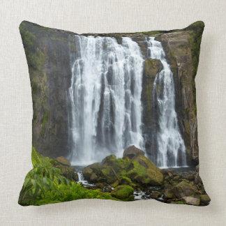 Marokopa waterfall, New Zealand Throw Pillow