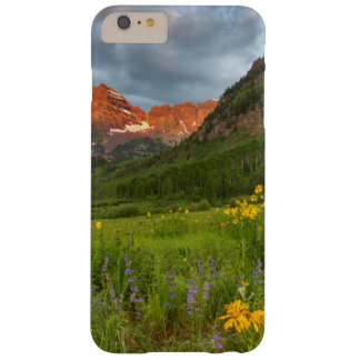 Maroon Bells Reflect Into Calm Maroon Lake Barely There iPhone 6 Plus Case