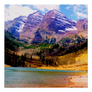 Maroon Lake and the Maroon Bells in Autumn Perfect Poster