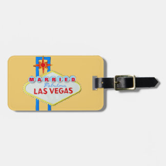 Married in Las Vegas Announcement Luggage Tag