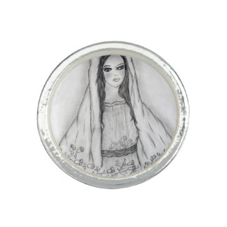 Mary with Roses Photo Rings