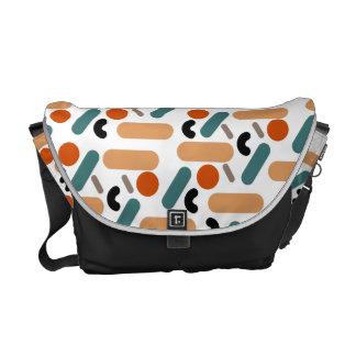 Mates / Medium Messenger Bag Outside Print