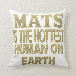 Mats Pillow