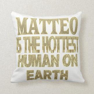 Matteo Pillow