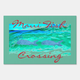 Maui Fish crossing Thunder_Cove