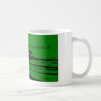 MAUI GOLF GREEN MORNING COFFEE MUG