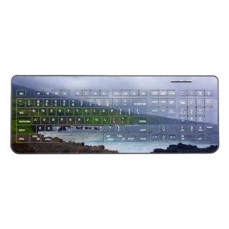 Maui O'heo Pools Wireless keyboard