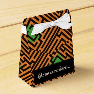 Maze Pattern with Green Dots Custom Text Favor Boxes