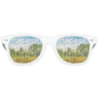 Meadow Tropical Landscape Scene, Guayaquil Retro Sunglasses