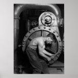Mécanicien de centrale électrique travaillant à la posters