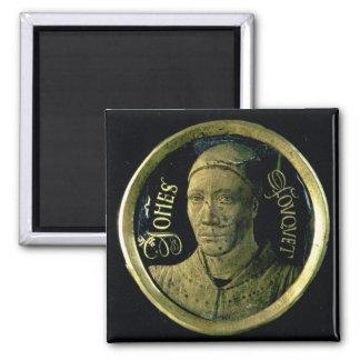 Médaillon d autoportrait c 1450 émail sur le cui magnets pour réfrigérateur
