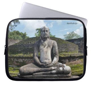 Medilludesign - Buddha statue Laptop Sleeve