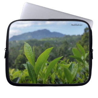 Medilludesign - Tea leaves Laptop Sleeve