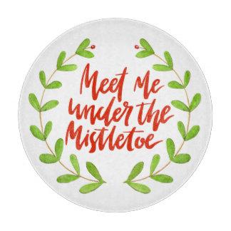 Meet me under the mistletoe - Christmas Wreath Cutting Board