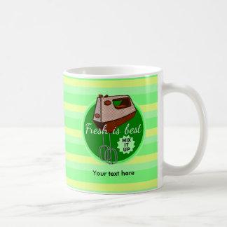 Mélangez-le vers le haut du mélangeur de main mug blanc
