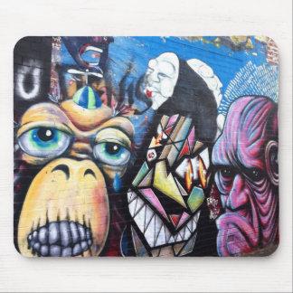 Melbourne street art / grafitti mouse mat
