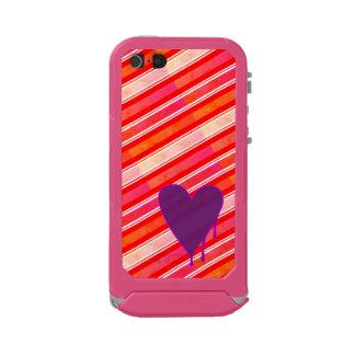 Melting Heart Purple Incipio ATLAS ID™ iPhone 5 Case