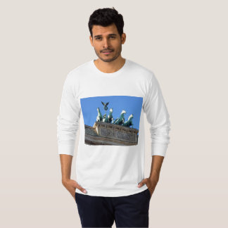 Men's Long-Sleeve Shirt Featuring Brandenburg Gate
