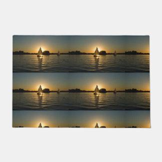 Men's trendy light gray sail boat door mat
