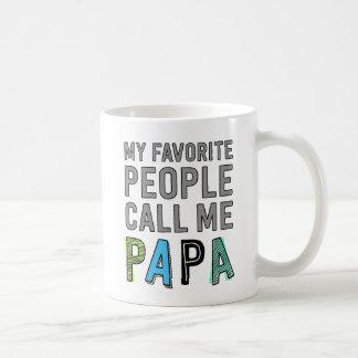Mes personnes préférées m'appellent papa mug blanc