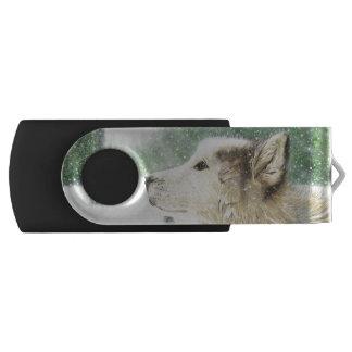 Mesmerized Wolf Swivel Flash Drive