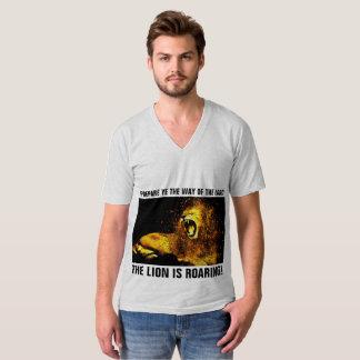 Messianic Jewish  t-shirts, LION OF JUDAH ROARING T-Shirt