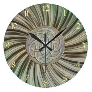 Metallic Rays Celtic Knot Metal Look Clock