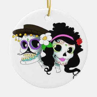 Mexican Festive Skull Couple Round Ceramic Ornament