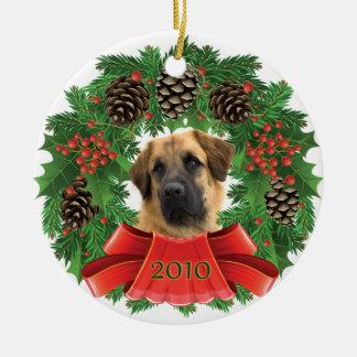 _MG_5825aChristmasWreath Ceramic Ornament