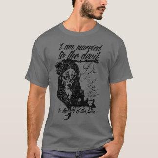 Mia de los Muertos by TheOneOfCrows T-Shirt